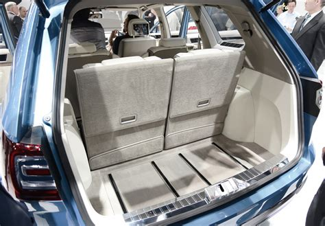 Touareg 3rd Row Seat by 2013 Volkswagen Cross Blue Concept Suv Third Row Seats