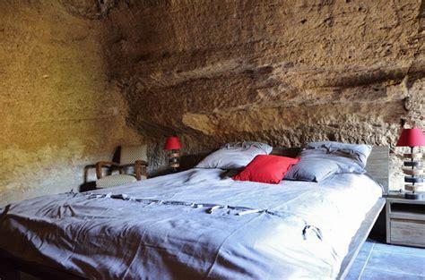 chambre hote troglodyte séjour insolite dans une chambre troglodyte en anjou doué