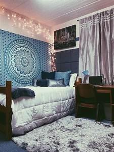 Best 25+ Dorm room ideas on Pinterest