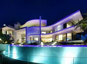 Luxury house in Surfers Paradise, Queensland, Australia ...