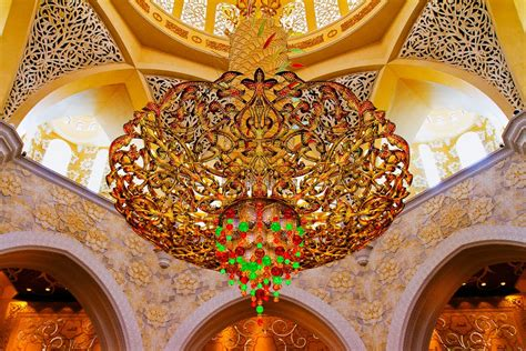 sheikh zayed grand mosque photos interior chandelier