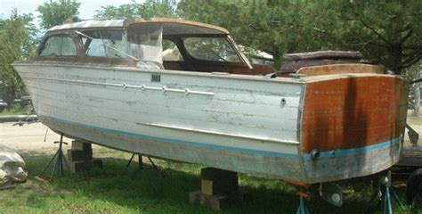 Cheap Wooden Boats For Sale by Chris Craft Ladyben Classic Wooden Boats For Sale