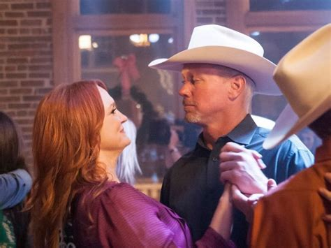 how did ree and ladd drummond meet behind the scenes of the pioneer woman s cowboy christmas pioneer woman cowboy christmas and