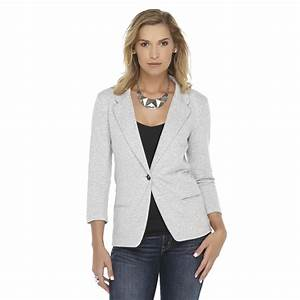 Fashionable women blazers a perfect choice - AcetShirt