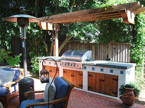 wooden pergola shades  southwestern style outdoor