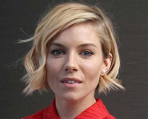 Latest Bob Haircuts For Wavy Hair Half Up Down Top Knot Short Hair Extensions Grand Rapids Grey For Dark Skin Wavy Pinterest Soft Dreads Hairstyles Images Pink Diy Stacked Haircut In The Back Jennifer Lawrence New Liam Hemsworth