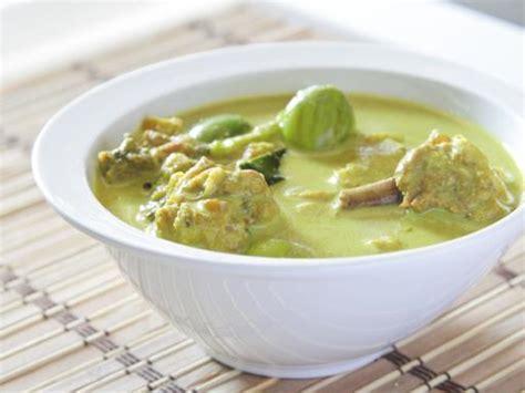 poulet au curry vert recette de poulet au curry vert marmiton