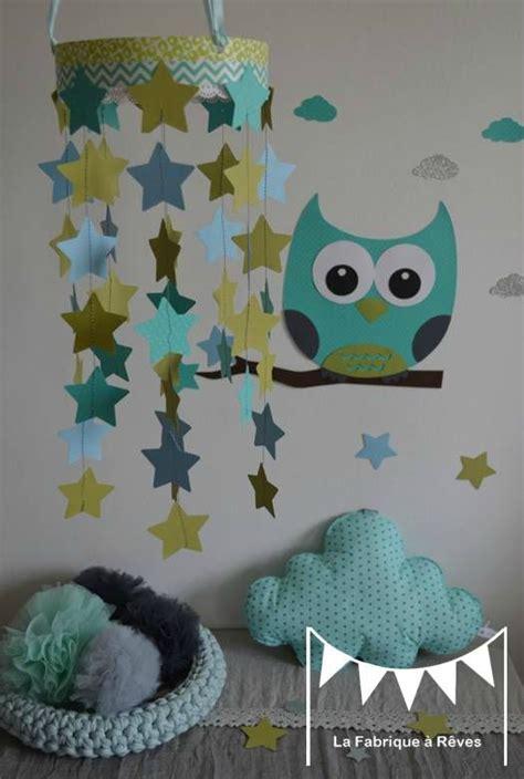 deco chambre turquoise mobile étoiles turquoise vert anis bleu ciel décoration