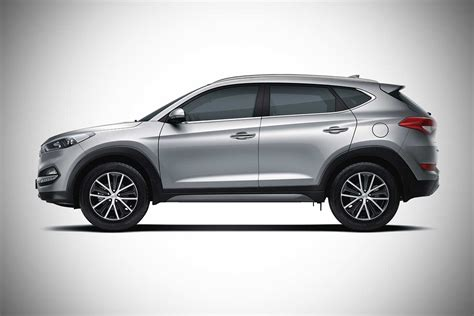 hyundai tucson  wheel drive launched  india