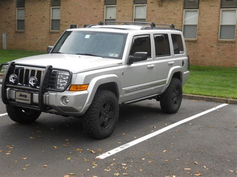 jeep commander silver lifted october 2012 ride of the month winner jeep commander