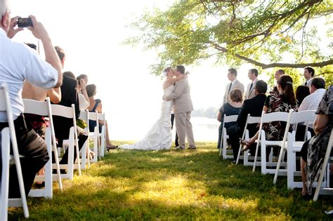 amazing small outdoor wedding venues waterfront wedding