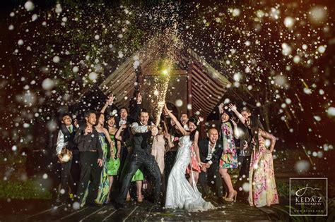 500px Blog 55 Creative Wedding Entourage Photo Ideas