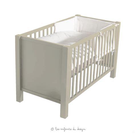 chambre bébé vert et blanc lit bébé sofie grisato quax pour chambre enfant