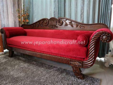 sofa ruang tamu warna coklat tua terbaru sofa ruang tamu roliah red velvet harga murah
