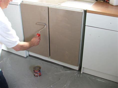 peinture sur meuble cuisine repeindre ses meubles de cuisine galerie photos d