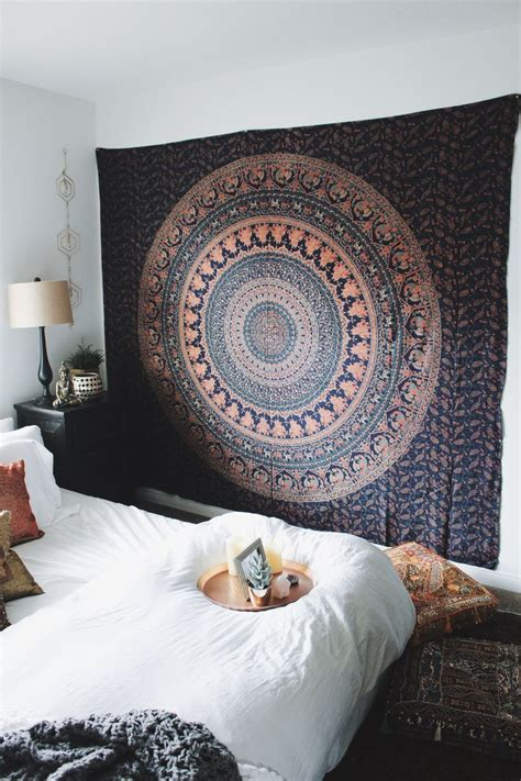 Bedroom Ceiling Tapestry by Best 25 Tapestry Bedroom Ideas On Tapestry