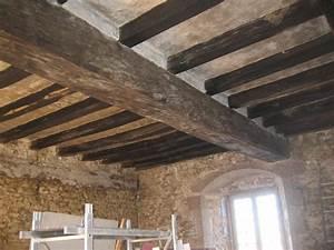 peinture poutre bois plafond 3 sablage de poutres With peinture poutre bois plafond