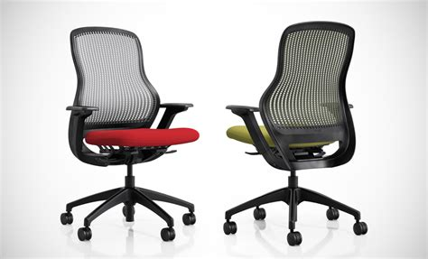 Knoll Regeneration Chair Uk by Innovative In Its Simplicity Regeneration Minimizes