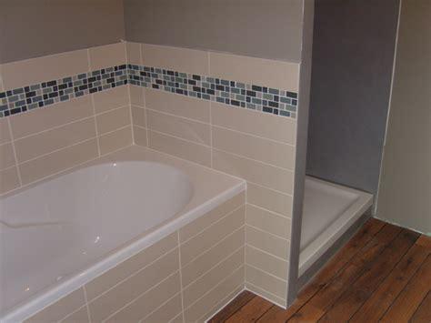 pose carrelage mosaique salle de bain