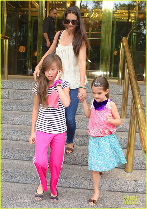 Katie Holmes & Suri Nyc Play Date After July 4th Weekend