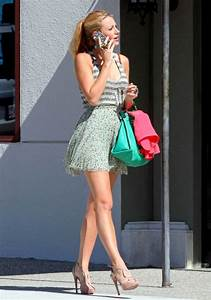 Fashion Waters: Blake Lively Rockin' Summer Look