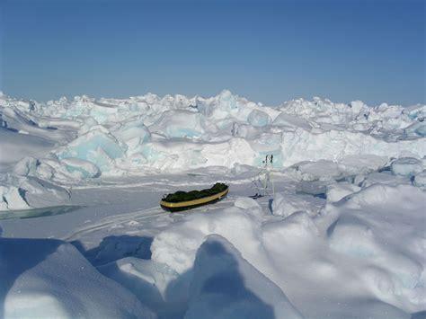 brrr     real north pole  arctic