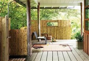 terrasse style colonial en bambou douche exterieure With decoration terrasse avec bambou