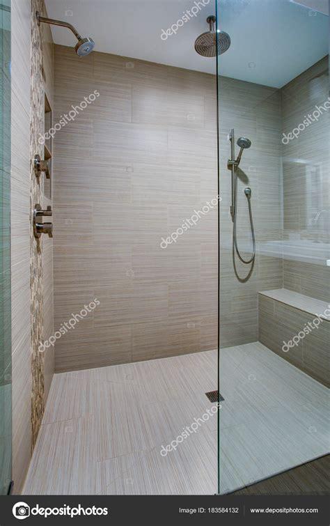 Begehbare Dusche Mit Sitzbank by Dusche Sitzbank
