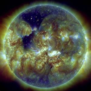 How Earth's Magnetic Field Shielded Us from 2014 Solar Storm