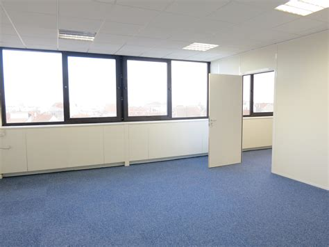 bureau vide aménagement plateau de bureaux centre de prévention