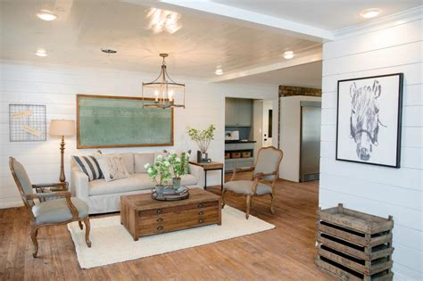 Hgtv's Fixer Upper With Chip And Joanna Gaines