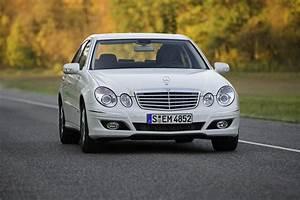 Mercedes E 300 : 2008 mercedes e300 bluetec top speed ~ Medecine-chirurgie-esthetiques.com Avis de Voitures