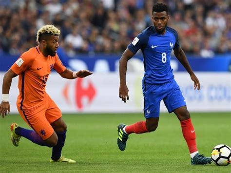 Швейцарці думаю ітак вийдуть з 2 чи 3 місця. Франція і Швейцарія одержали розгромні перемоги у відборі ...
