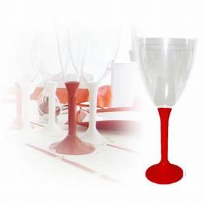 Verre à Eau à Pied : verres eau jetable avec pied rouge sur decorations pour ~ Teatrodelosmanantiales.com Idées de Décoration