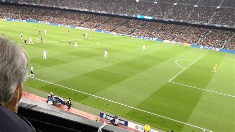 Messi scores for Barcelona vs Manchester United - YouTube