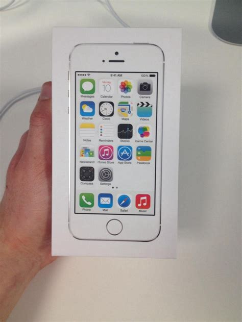 iphone 5s review iphone 5s review living in the techniverse medium