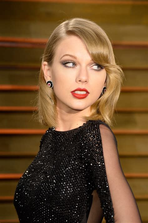 taylor swift photo gallery page  celebs placecom