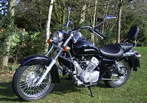 Honda 125 Scooter : honda shadow 125 motorcycles pinterest honda shadow honda and mopeds ~ Medecine-chirurgie-esthetiques.com Avis de Voitures