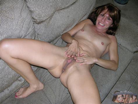nude married milf model sage
