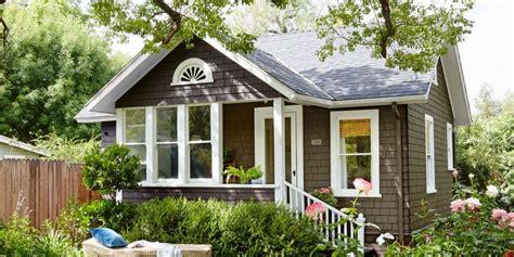 tiny gardeners cottage  empty nest