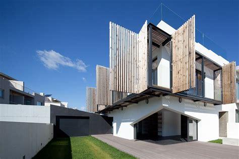 unique building designs  dynamic facades