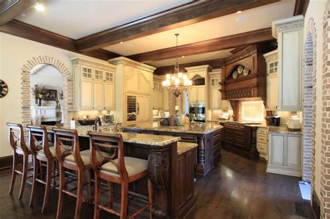 11 luxurious traditional kitchens luxury custom kitchen design traditional kitchen