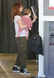 All About Resumes Leigh Hannigan by Alyson Hannigan Lets Baby Keeva Chew On Sunglasses During Family Shopping Trip Daily