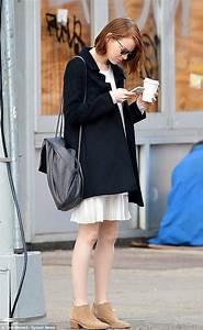 Emma Stone heats up New York as she goes barelegged in ...