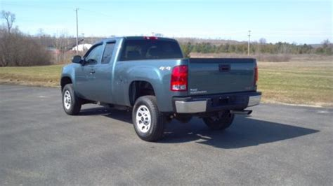 sell   gmc sierra sle hd extended cab