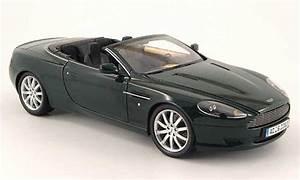 Aston Martin Miniature : aston martin db9 volante miniature verte minichamps 1 18 voiture ~ Melissatoandfro.com Idées de Décoration