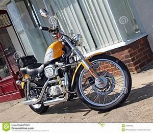 Moto Style Harley : harley davidson motorcycle bike editorial image 55256864 ~ Medecine-chirurgie-esthetiques.com Avis de Voitures