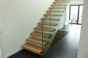 Garde Corp Escalier : pose d 39 un escalier autoporteur futura d 39 un habillage de ~ Dallasstarsshop.com Idées de Décoration