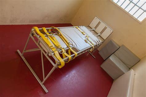 chambre isolement en psychiatrie hp hôpital psy ou humiliations en privées le d