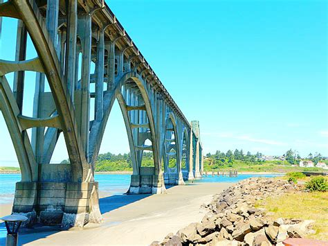 Newport, Oregon Travel Guide: Where To Eat, Stay, and Play ...